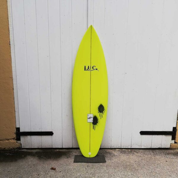 shortboard surfboard